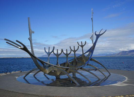 reykjavik-892480_1280